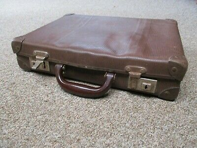 CHILDREN'S VINTAGE SHABBY BROWN SCHOOL CASE made by PAXWELL TRAVEL GOODS W.A.