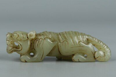 Chinese Exquisite Hand-carved tiger Carving Hetian jade statue