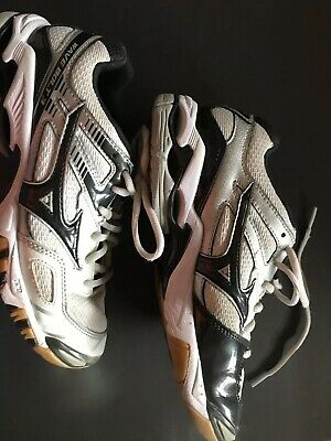 8e51150be8c9 MIZUNO WAVE BOLT 3 Women's Volleyball Shoes Size 7 - $36.99 | PicClick