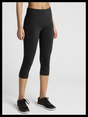 0811b00762 NWT GapFit Women's GFast High Rise Capris in Eclipse Size Med Color Black
