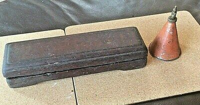 INHERITED JOINER'S OIL STONE & OIL CAN CIRCA 1930's-1940's