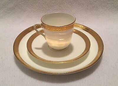 Vintage Minton Cauldon Davis Collomore NY Gold Encrusted Bone China Trio