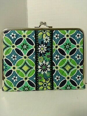 Vera Bradley Daisy Daisy Quilted Hugs & Kisses Photo Album, Dk Blue,Green,Yellow