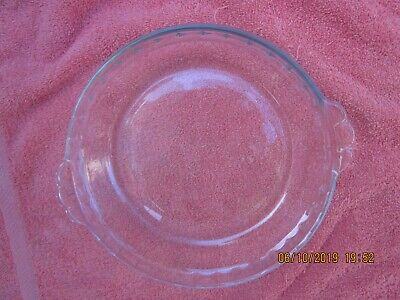 Vintage Pyrex 228 Clear Glass Pie Plate Scalloped Edge Tab Handles 8.5 Inch
