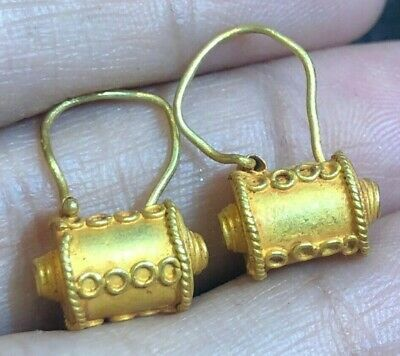 Fine Ancient Solid Genuine Gold 22K Etruscan Eye Pouch Thorn Amulet Earrings