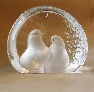 *Numbered & Signed Hand Crafted Reverse Carved Swedish Crystal Doves Statue