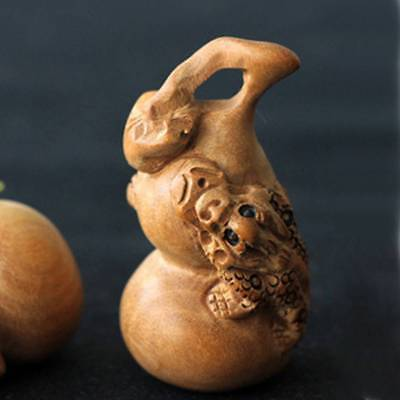 1x Natural Wood Carved Gourd Handmade Craft Tiny Charms Decor Home