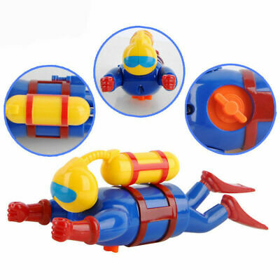 Clockwork Wind Up Swimming Diving Scuba Diver - Kids Bath Toy Game  Special New