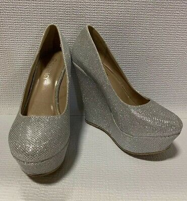 202a6d47bf4 WOMEN'S SILVER BEJEWELED DELICACY party / pumps / shoes / heels , sz ...