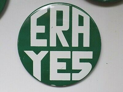 Vintage Large Round Era Yes White On Green Hat/Lapel Pin Feminist/Equal Rights