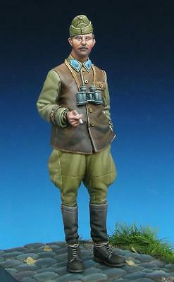 The Bodi TB-35120 Austro-Hungarian Officers WW I 1//35 resin figures