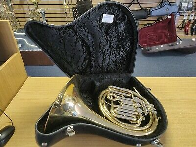 Danor 4-Valve French Horn (Half Double) – Lacquer (Used Instrument)