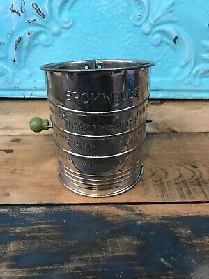 Bromwell's vintage 3 cup flour sifter - vintage Green Handle