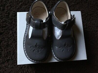 clarks baby girls first shoes 5 1/2 Grey Patent With Box