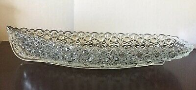 Beautiful Vintage Fenton Antique Glass Daisy and Button Pressed Glass Boat Dish