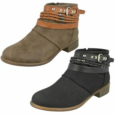 Ladies F50021 heeled ankle boots by DOWN TO EARTH Retail SALE £5.99