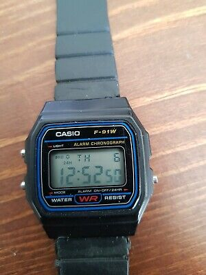 Genuine Vintage Casio Watch F-91W in full working order