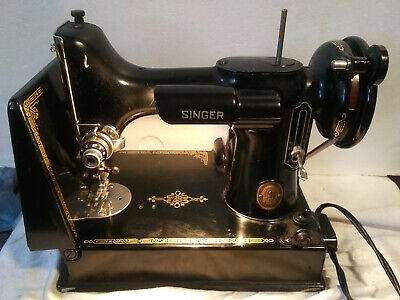 Vintage 1952 Singer Featherweight 221K Sewing Machine w/ Case &  Foot Pedal