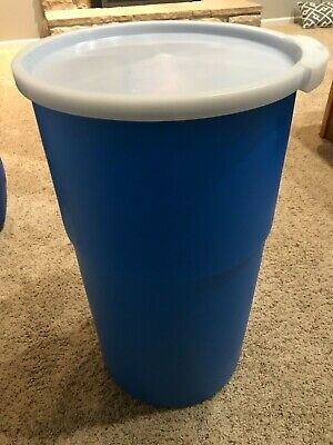 14 gallon plastic barrel drum container for wood pellets storage