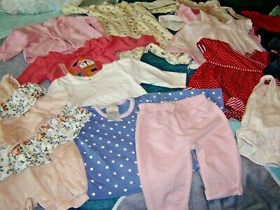 Job Lot Of Baby Girls Clothes Age 0-3 Months  17 Items