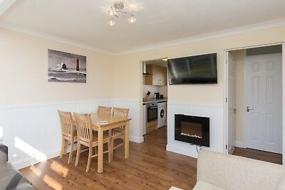 September Couples holiday let self catering chalet Great Yarmouth Norfolk Broads