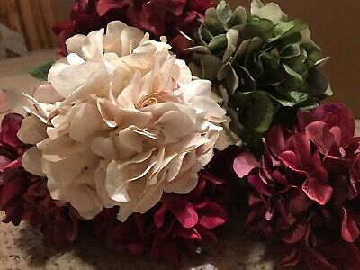 Ashland Lot Of 6 NEW Floral Stems. Flowers Red, Green, Cream Large Beaufiful