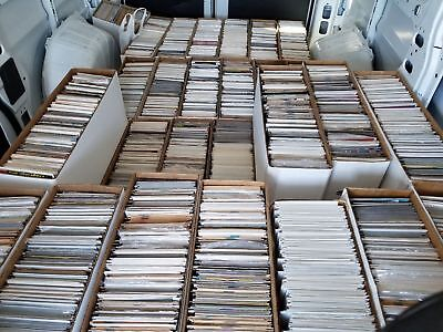 100 Comic Book HUGE lot - All DIFFERENT - Only DC Comics - FREE Shipping!