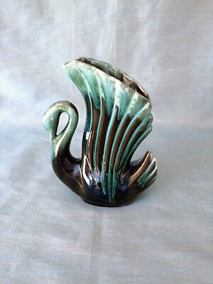 Vintage Blue Mountain Pottery Canada (BMP) ~ Swan Winged Vase