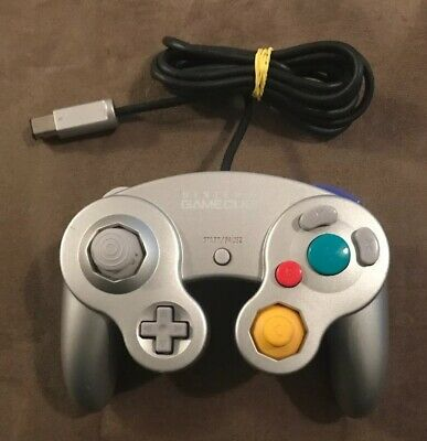 Official Nintendo GameCube Silver Controller! Works Great! Fast Ship! Authentic!
