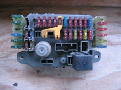 land rover discovery 300 tdi or v8 models interior fuse box amr5420