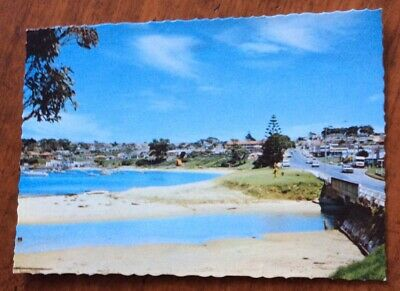 Post Card Circa 1979  ULLADULLA.  N.SW Princes H'way & Harbour