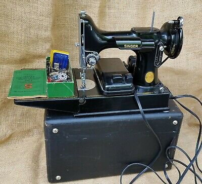 Beautiful SINGER FEATHERWEIGHT 221 Sewing Machine 1951 Case Pedal & Button Holer