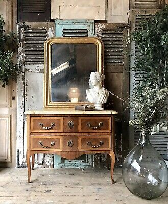 Beautiful French Louis XV Bombe chest of drawers