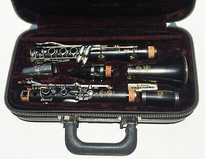 Selmer Professional Series 9 Star Clarinet 18 key w/Articulated G# Excellent!