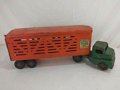 Vintage 1950s Structo Toys Pressed Steel Cattle / Livestock Truck Trailer Rusty