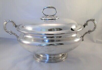A Large 19th Century Silver Plated Soup Tureen / Dish by Elkington