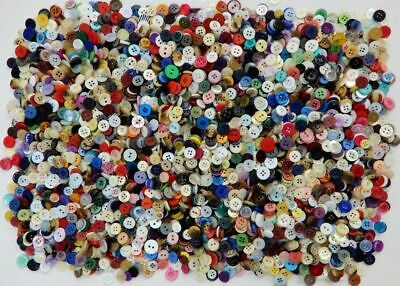 BULK LOT SMALL MIXED COLOURS VINTAGE & MODERN BUTTONS  900 grams