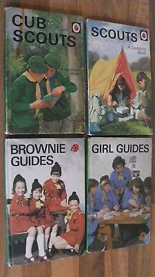 BROWNIE Girl Scouts at SNOW VALLEY Wirt 1949 1st Edition Vintage VG Condition