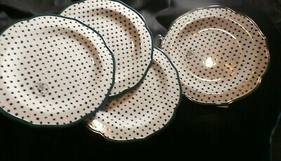 """The Pioneer Woman 10 1/2"""" Retro Dots White Stoneware Dinner Plates Set of 4"""
