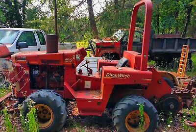 4010 Ditch Witch trencher