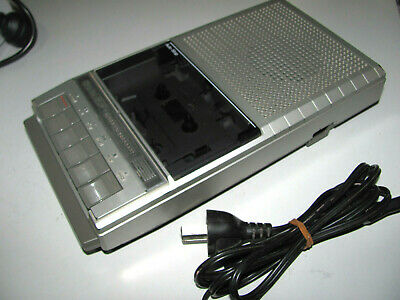 Sharp Classic 80s Portable Cassette Recorder Player Model RD-620AS In VGWO