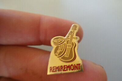 pin s broche badge guitare violon REMIREMONT dept 88 Les Vosges lorraine