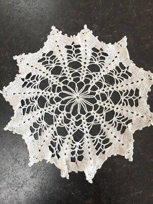 F Vintage Crochet Lace Dressing Table Place Mat Tray Cloth Runner Doily Doilies