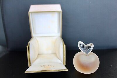 Flacon de parfum Lalique 'Fille d'Eve""