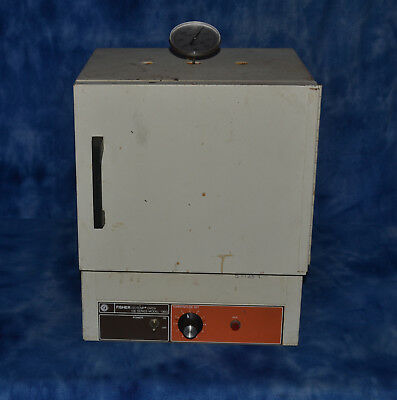 Fisher Isotemp Oven 100 Series Model 106G Laboratory Oven