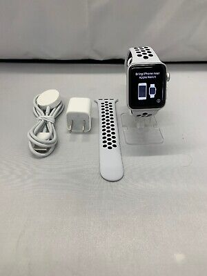Apple Watch Nike+ 38mm Silver Aluminium Case with Pure Platinum/Black Nike Bands