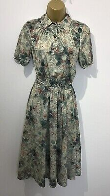 Vintage 1960's/70's Green Floral Groovy Funky Retro Tea Dress Size 10/12