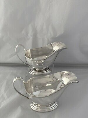 Large Pair Of Solid Silver Gravy Or Sauce Boats 1942 Sheffield Roberts & Belk