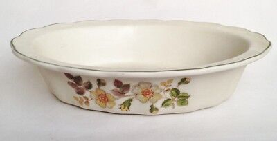 Marks and Spencer Autumn Leaves Pie Dish / Oven Dish