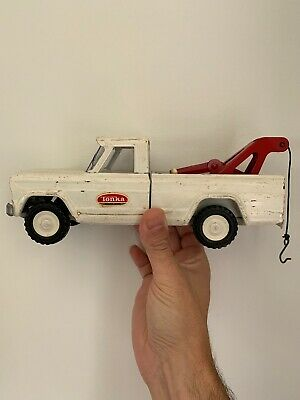 1960's  Vintage Tonka  White Jeep Pickup Tow Truck/Wrecker  Pressed Steel Toy